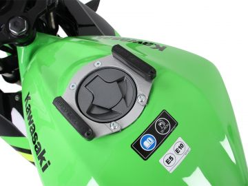 Anillo de tanque sistema Lock-it para Kawasaki Ninja 125 (2018-)