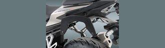 Soporte alforjas moto C-Bow